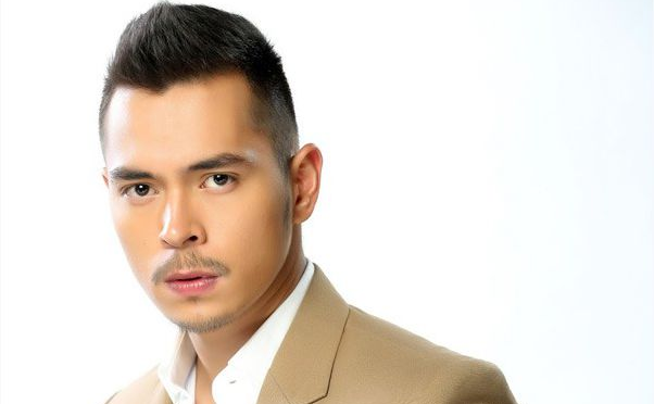 hiv film by jake cuenca Documentary film maker gil bustamante (jake cuenca) is commissioned by the  department of health for a project about the people who tested.